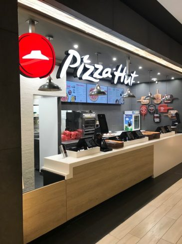 Shoppers Enjoy Pizza Hut At Lakeside With Jephsons Help